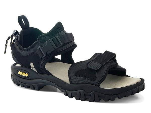 Velmi oblíbené trekové sandály Asolo Srambler s novou Vibram® podešví  navrženou k zajištění bezpečné chůze v terénu. Měkká kožená mezipodešev EVA  zaručuje ... c3bac120400
