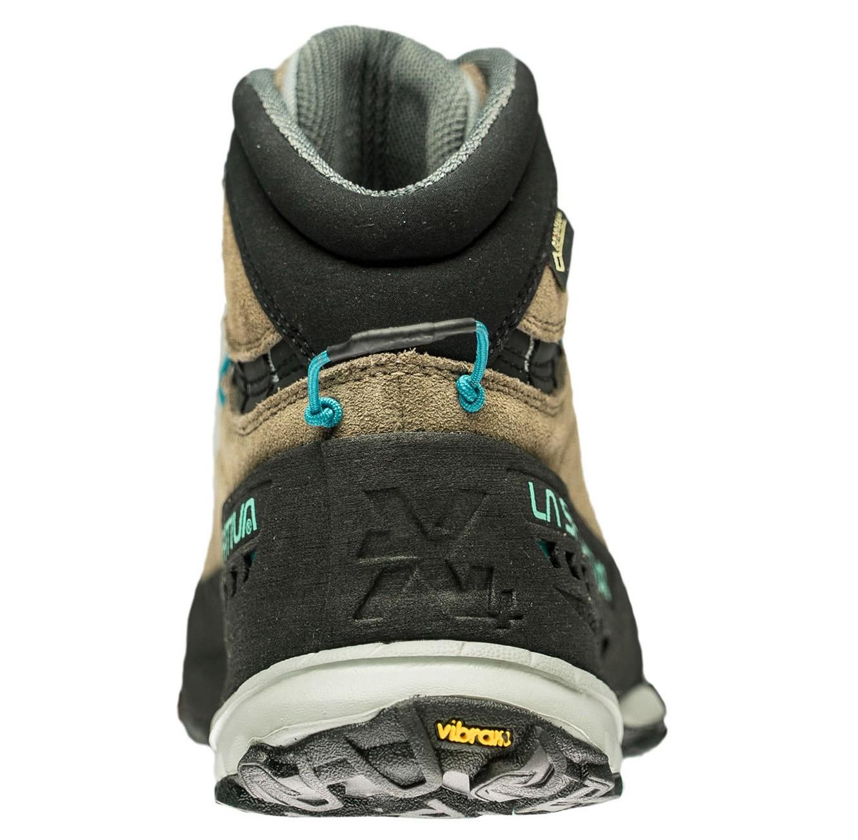 81f34163506 Kožená kotníková obuv od firmy La Sportiva navržená pro dokonalou oporu a  stabilitu během náročných výstupů v horách